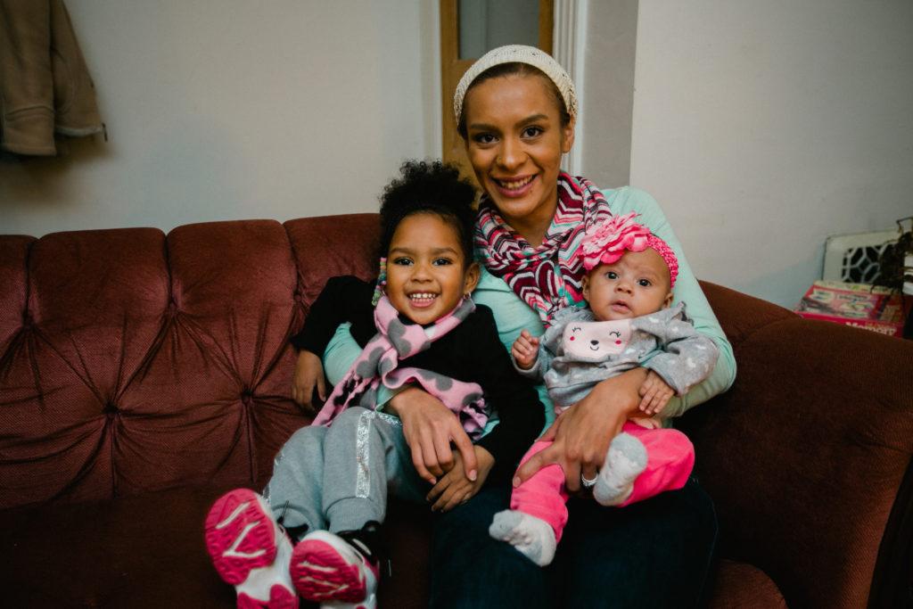 Bridge of Hope: single mom with her daughers